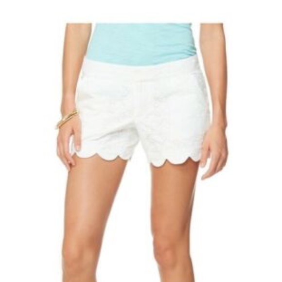 Lilly Pulitzer Pants - Lilly Pulitzer Buttercup shorts size 2 eyelet